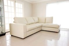 BRAND NEW - WESTPOINT - CORNER SOFA – CREAM – REAL LEATHER – RIGHT HAND SIDE