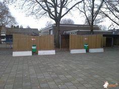 Betonbank DeLuxe bij Scholen Gemeenschap De Nieuwe Veste in Hardenberg