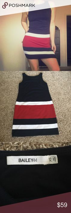 BAILEY44 Dress 👌🏼💙❤️ Classic. Dark navy blue, red, and white. Very sleek. Perfect for this summer! Size XS and fits me, but pretty snuggle. I'm a normal small-medium size or a 4-6 dress 👍🏼 Bailey 44 Dresses