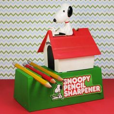 Stay sharp, Snoopy! As a writer, Snoopy knows how important it is to have the right supplies. Buy this vintage Kenner battery-powered pencil sharpener in our shop at CollectPeanuts.com.