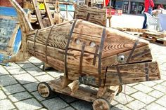 Pallet Sculpture by martiensbekker.co.uk, port isaac, cornwall