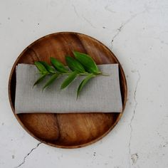 Fog Linen Mango round tray Made from sustainable Mango wood Fog Linen, Round Tray, Interior Concept, Japan Design, Wood Rounds, Acacia, Branding Design, Planter Pots, Mango