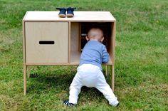 Kinkeli-shelf by Kinkeliane Modern Childrens Furniture, Ministry Of Education, House Drawing, Scandinavian Design, Shelf, Objects, Pottery, Traditional, Inspiration