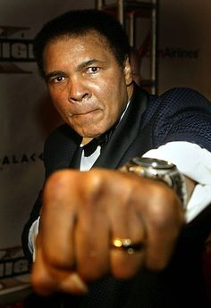 Ali arrives at Celebrity Fight Night X, a charity event to raise money for the Muhammad Ali Parkinson Research Center.