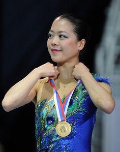 Akiko Suzuki(JAPAN) : GPF2012 Medal Ceremony