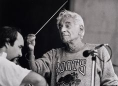 Leonard Bernstein conducts rehearsal for a New York Philharmonic Concert in the Park in August 1986. Photographer: David Rentas. Courtesy of NYP Archives.