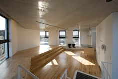 amazing tokyo apartment 8 e1349013923977 House with Beautiful Plywood Interior