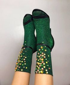 Fancy socks + heels: let's get this to be a vintage-inspired THING Wedding socks and heels = let's get this to be a THING Shoe Game Wedding, Wedding Socks, Socks And Sandals, Offbeat Bride, Cute Socks, Fashion Socks, Sock Shoes, Knee High Boots, Hosiery