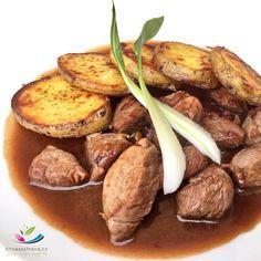 VEPŘOVÁ PANENKA V MEDOVO-VÍNOVÉ OMÁČCE Je jednoduchý recept, který se výborně hodí k pečeným bramborám nebo k rýži. Omáčka je domácí, výrazné chuti a krásné vůně. Pot Roast, Meat, Ethnic Recipes, Food, Roast Beef, Carne Asada, Essen, Meals, Yemek