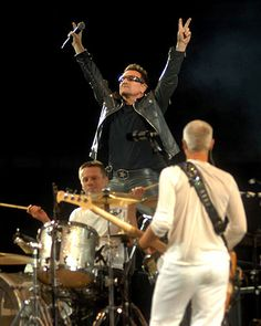 I would love to see U2 play in ireland