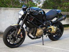 A fire-breathing Ducati Monster 1100S. Full write-up on here; http://thebullitt.blogspot.com/2013/11/custom-2009-ducati-monster-1100s.html