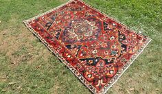 4x6 ft. Antique Persian Area Rug with Amazing Details and Classy Medallion design