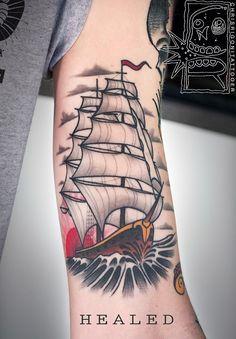 Piratenschiff Tattoo von Chris Rigoni - boat tattoo old school - Tattoo Tattoos 3d, Badass Tattoos, Sleeve Tattoos, Cool Tattoos, Hand Tattoos, Traditional Ship Tattoo, Traditional Tattoo Old School, Neo Traditional, American Traditional