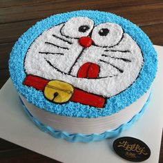 Wonderful And Innovative Cake Designs For Kids - Viral Rang Cake Designs For Kids, Cake Decorating Designs, Cake Decorating Videos, Birthday Cake Decorating, Cake Decorating Techniques, Doraemon Cake, Hello Kitty Birthday Cake, Beautiful Birthday Cakes, Cake Shapes
