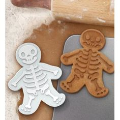 Gingerdead men = LOL!  I love Fred and Friends!