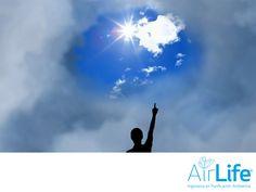 Aire más limpio para mejorar la salud de las personas. LAS MEJORES SOLUCIONES EN PURIFICACIÓN DEL AIRE. Las partículas contaminantes son sumamente dañinas para la salud, ya que entran profundamente en los pulmones, causando inflamación e importantes daños en las personas que ya presentan complicaciones cardíacas o pulmonares. En AirLife, te invitamos a conocer nuestros servicios de purificación del aire. www.airlifeservice.com #airlife