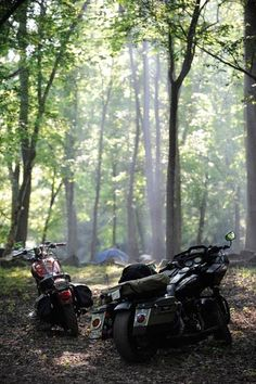 Motorcycle Camping... Like I said, this needs to happen.