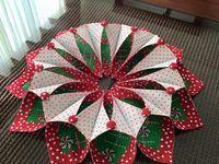 Fold n Stitch Wreath Ideas on Pinterest | Stitches, Wreaths and Fabric Wreath
