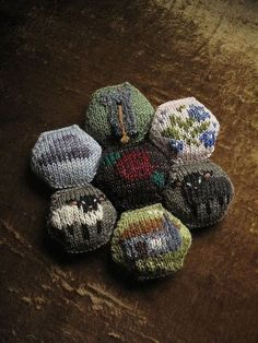 Bee Keeper's Quilt: Tiny Owl Knits pattern honeycomb by chronographia, via Flickr