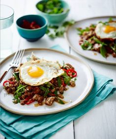 Thai pork mince with fried egg (Pete Evans)