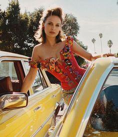 Natalie Portman The Beauty. Jean Reno, Natalie Portman Hot, Nathalie Portman, Jenifer, Beautiful People, Beautiful Women, Felicity Jones, Actrices Hollywood, Gal Gadot