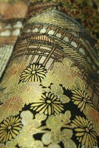 Black tomesode kimono / 黒地 金彩の風景花柄 留袖   #Kimono #Japan http://global.rakuten.com/en/store/aiyama/