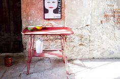 Tisch Scarlet im wunderschönen Vintage-Look. Super praktisch für große Partys