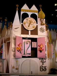 It's a Small World's clock at Noon (Fantasyland, Magic Kingdom)
