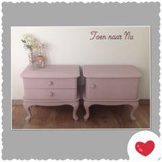Brocante oud-roze Queen Anne nachtkastjes Made by toen-naar-nu