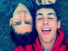 casal de rapazes