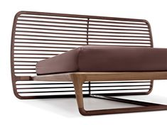 Curvy bed in american walnut with a high headboard and curved wooden slats. Buonanotte Valentina wood Bed, by Vincenzo De Cotiis, for Ceccotti Collezioni Design Furniture, Cool Furniture, Modern Furniture, Bed Frame Design, Bed Design, Vincenzo De Cotiis, Console Design, Retro Bed, Wood Beds