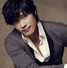 Korean guys aren't really my type but Lee Byung-hun is gorgeous.