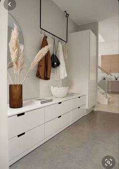 Entryway Decor, Diy Bedroom Decor, Entryway Ideas, Fall Entryway, Teen Bedroom, Cheap Home Decor, Diy Home Decor, Hallway Ideas Entrance Narrow, Modern Hallway
