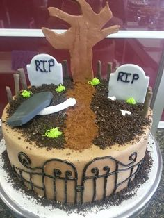 Halloween Cake                                                                                                                                                                                 More