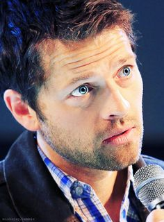 Misha Collins at JIB Con 2013 ~ Seriously, how are his eyes even real?! | via mishnjay,tumblr