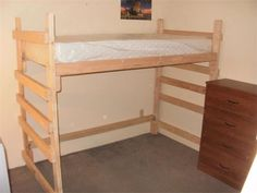 Twin Loft bed : Perfect for students and kids that need space.