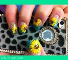 Teal tips and sunflower nails. Teal Nails, Fancy Nails, Cute Nails, Pretty Nails, Hair And Nails, My Nails, Sunflower Nail Art, French Tip Nails, Toe Nail Designs