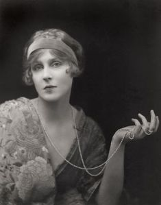 Lady Diana Manners, 1916 1