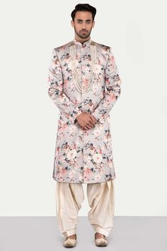 Ekaksh Grey Floral Sherwani with White Patiyala Salwar Sherwani For Men Wedding, Sherwani Groom, Mens Sherwani, Wedding Dress Men, Indian Wedding Outfits, Wedding Suits, Indian Outfits, Punjabi Wedding, Indian Weddings