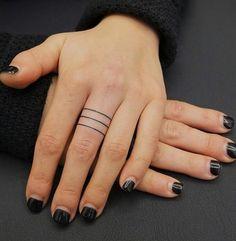 @blacktattooing #tattoo #tatuagem #fingertattoo