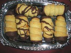 Hamis leveles pudingkrémes roló Hungarian Cake, Hungarian Recipes, Pretzel Bites, Hot Dog Buns, Baked Potato, Potatoes, Pudding, Bread, Baking