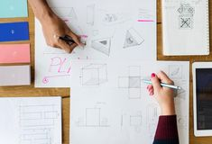 While you may think that designers create purely from the heart, many balance their creative flair with careful pragmatism and problem-solving skills. We share some tips on how to think like a designer. Hand Images, Elements And Principles, Graphic Design Tips, Design Blogs, Design Tutorials, Mechanical Design, Web Design Company, Create A Logo, Project Management