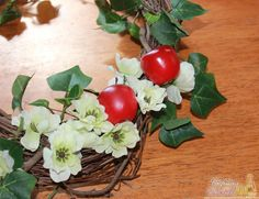 Make an Apple Grapevine Wreath