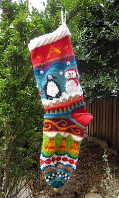 Ravelry: Spindleknitter& Stockings by Kirsten Hall Knitted Christmas Stocking Patterns, Knitted Christmas Stockings, Crochet Christmas Ornaments, Xmas Stockings, Christmas Knitting, Christmas Sock, Nordic Christmas, Modern Christmas, Knitting Charts