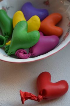 How to Make Mini Stress Toys - A cute craft for kids which doubles up as stress relief. The perfect sensory play for fidgety kids.