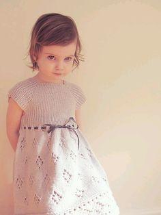 아장아장~~ 귀여운 아가들 나들이 할때 예쁜 점퍼스커트 너무사랑스럽겠죠~~ 원피스 도안 몇가지도 득템~~^...