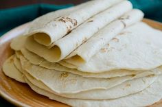 Homemade tortillas look yummy and not too hard. We like tortillas, and I hope to try this soon! Wish I had a food processor though. Good Food, Yummy Food, Tasty, Bread Recipes, Cooking Recipes, Tortilla Recipes, Pizza Recipes, Cooking Tips, Homemade Flour Tortillas