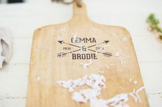 DIY wood transfer | Photo by Studio 1079 Photography | Read more - http://www.100layercake.com/blog/?p=69164