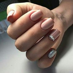 56 Beautiful Short Nail Art Design Ideas To Try In Summer 2019 These trendy Nail Designs ideas would gain you amazing compliments. Check out our gallery for more ideas these are trendy this year. Gelish Nails, Nude Nails, Diy Nails, Acrylic Nail Designs, Nail Art Designs, Image Nails, Nagellack Trends, Short Nails Art, Creative Nails