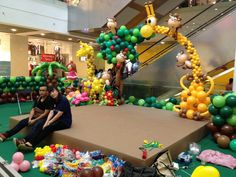 Balloon Animal Arch by Lily Tan - these people are amazing!!